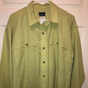 Patagonia Green Long Sleeve Button Down Hiking